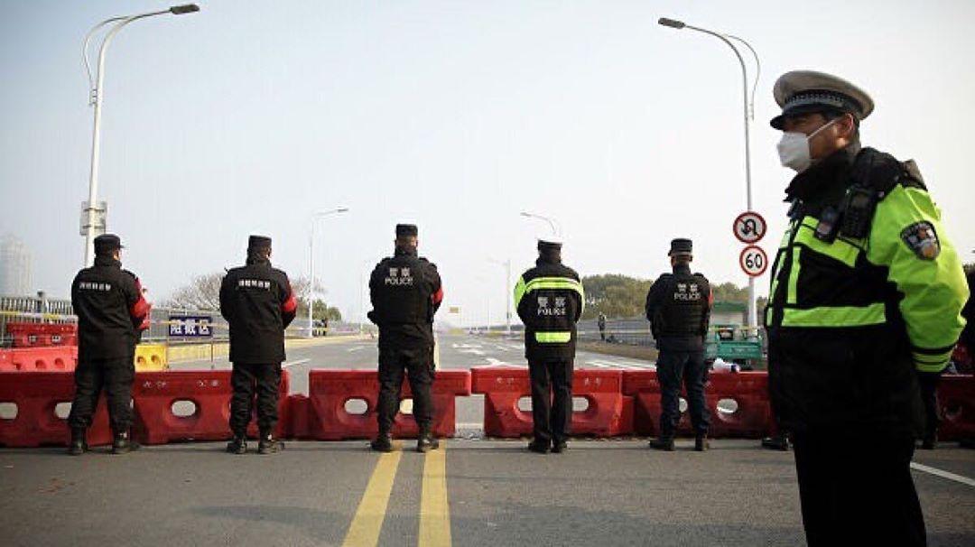 Российское посольство начало формировать списки на эвакуацию из Хубэя ПЕКИН, 1 ф...