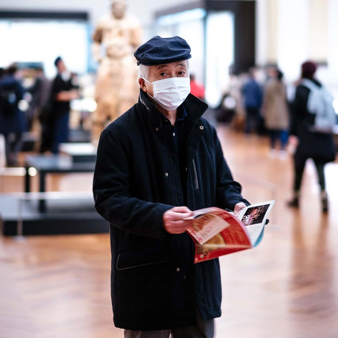 Мир сотрясает коронавирус: во Франции идут массовые увольнения азиатского персон...